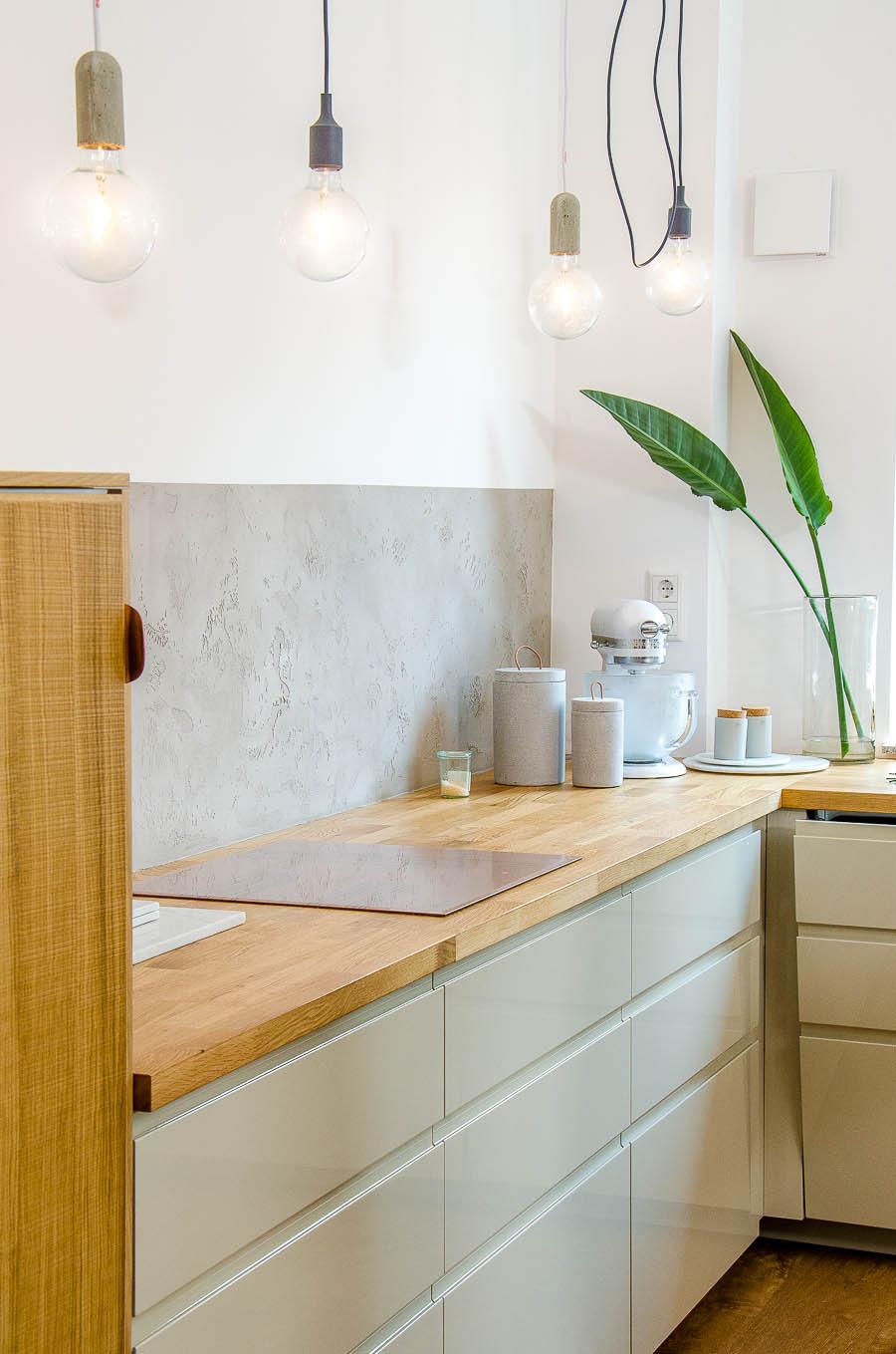 Charmant Küchendesign Zwei Farbschränke Zeitgenössisch - Küche Set ...