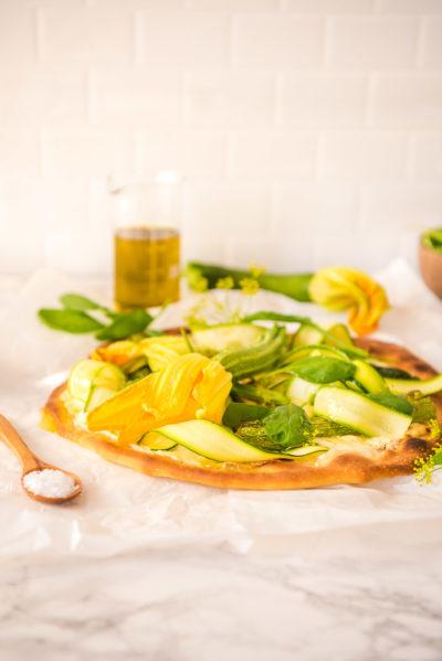 Zucchiniblüten-Pizza